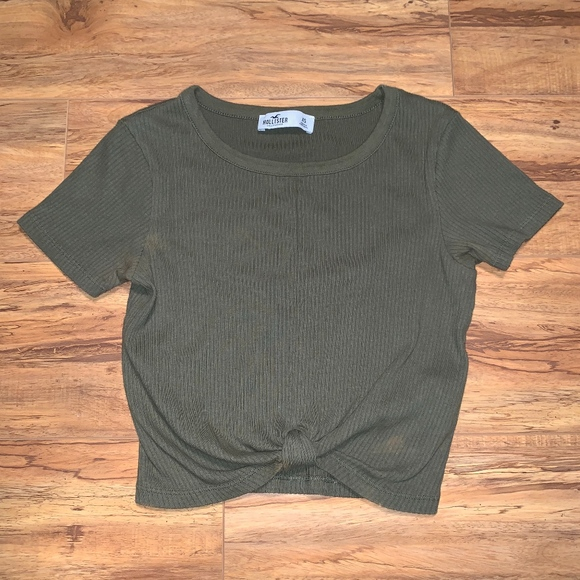 Hollister Tops - Army Green Crop Top